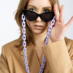 LILAC SUNGLASSES CHAIN